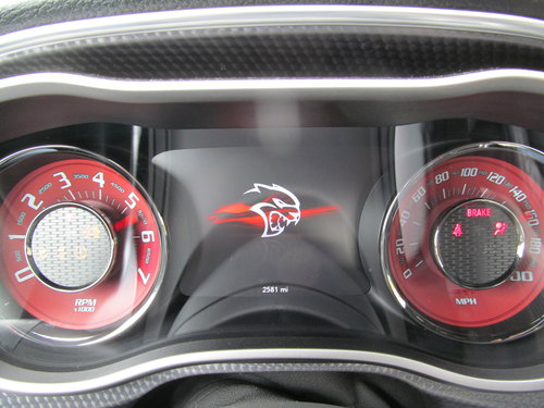 2015 Dodge Challenger SRT HELLCAT 6.2L Supercharged! SOLD (picture 5 of 6)