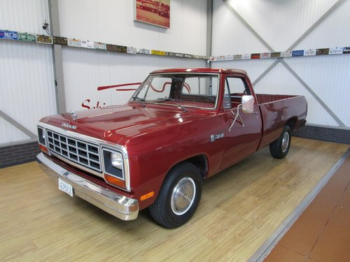 1985 Dodge D100 Costum Ram Pick Up For Sale (picture 1 of 6)