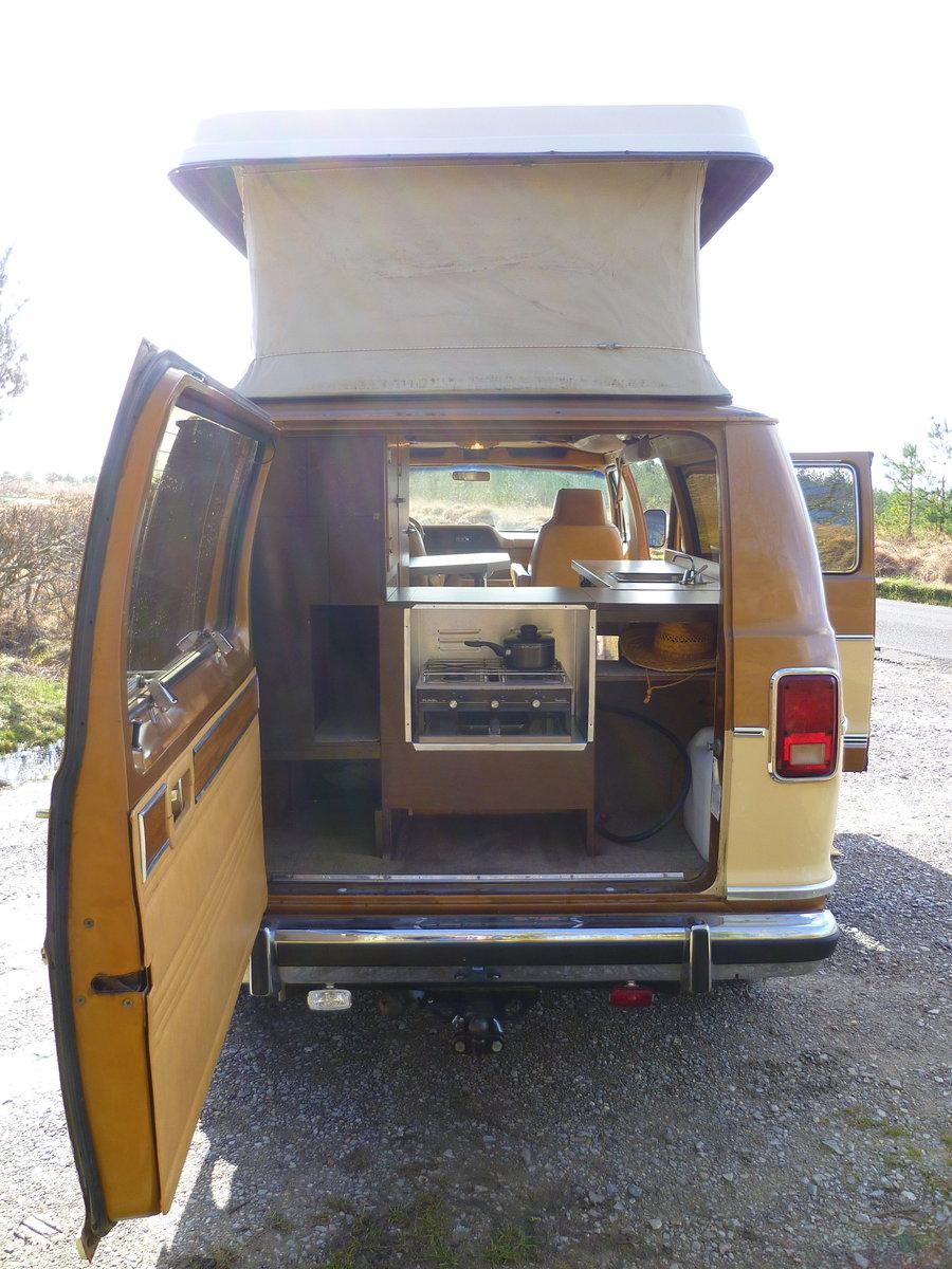 1985 Dodge B250 Ram Sportsmobile Campervan For Sale (picture 2 of 6)