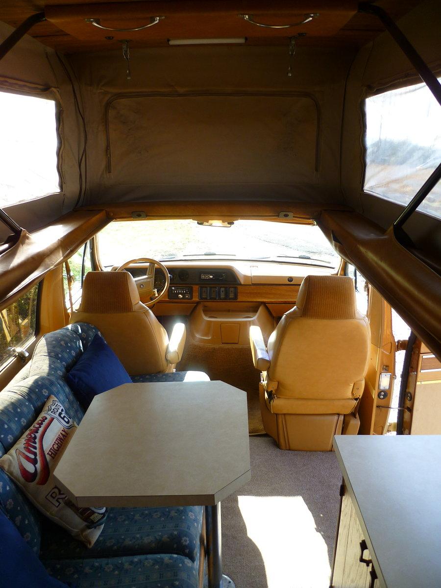 1985 Dodge B250 Ram Sportsmobile Campervan For Sale (picture 4 of 6)