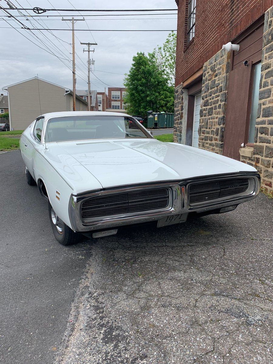 1971 Dodge charger SE For Sale (picture 1 of 6)