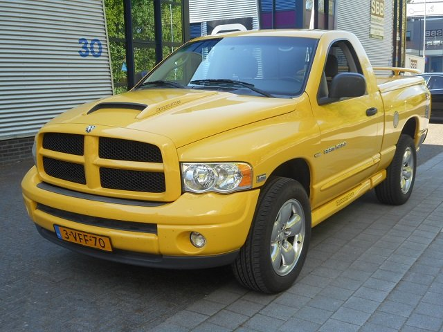2004 DODGE PICK UP RAM 1500 4 x4 RUMBLE BEE For Sale (picture 1 of 6)