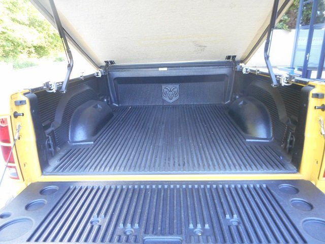 2004 DODGE PICK UP RAM 1500 4 x4 RUMBLE BEE For Sale (picture 4 of 6)