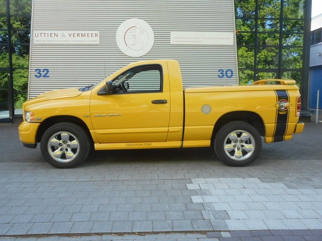 2004 DODGE PICK UP RAM 1500 4 x4 RUMBLE BEE For Sale (picture 6 of 6)