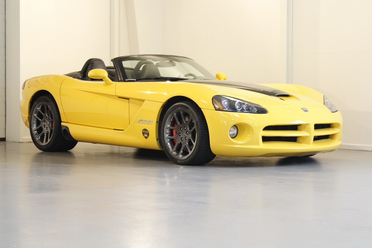 2005 Dodge Viper SRT-10 Convertible For Sale (picture 1 of 6)