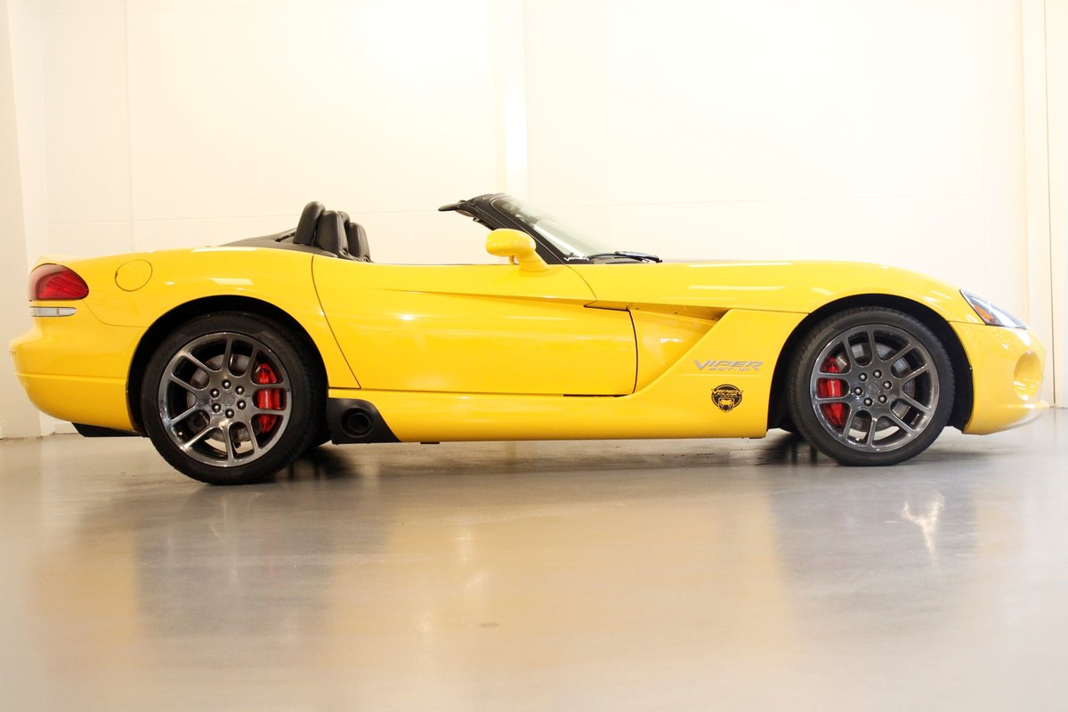 2005 Dodge Viper SRT-10 Convertible For Sale (picture 3 of 6)