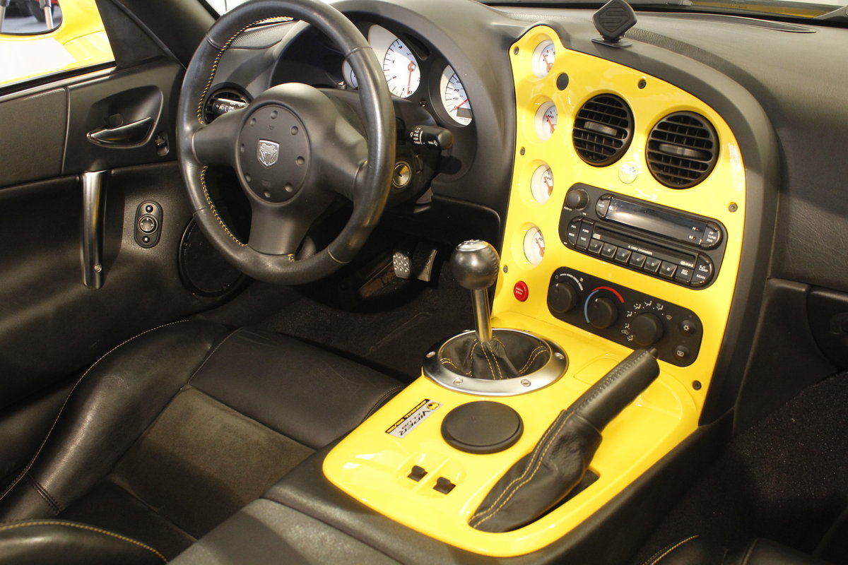 2005 Dodge Viper SRT-10 Convertible For Sale (picture 5 of 6)