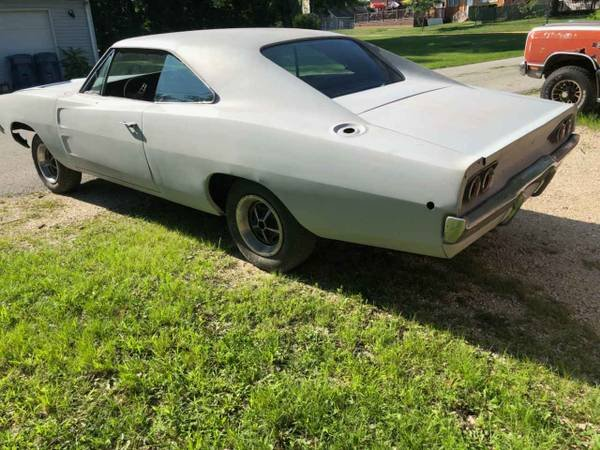 1968 Dodge Charger = Project 440 auto Work Done $28.9k For Sale (picture 3 of 6)