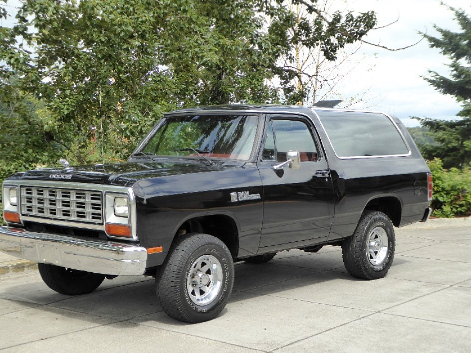 1985 Dodge Ram Charger Royal SE = 360 auto trans $13.5k  For Sale (picture 1 of 6)