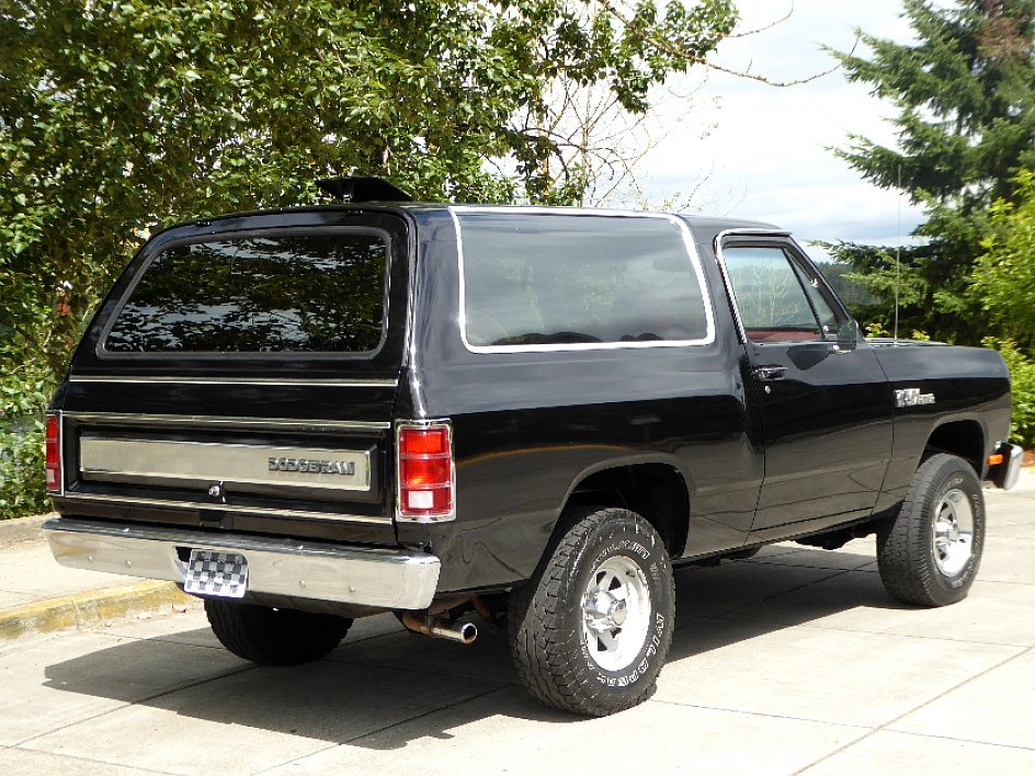 1985 Dodge Ram Charger Royal SE = 360 auto trans $13.5k  For Sale (picture 2 of 6)