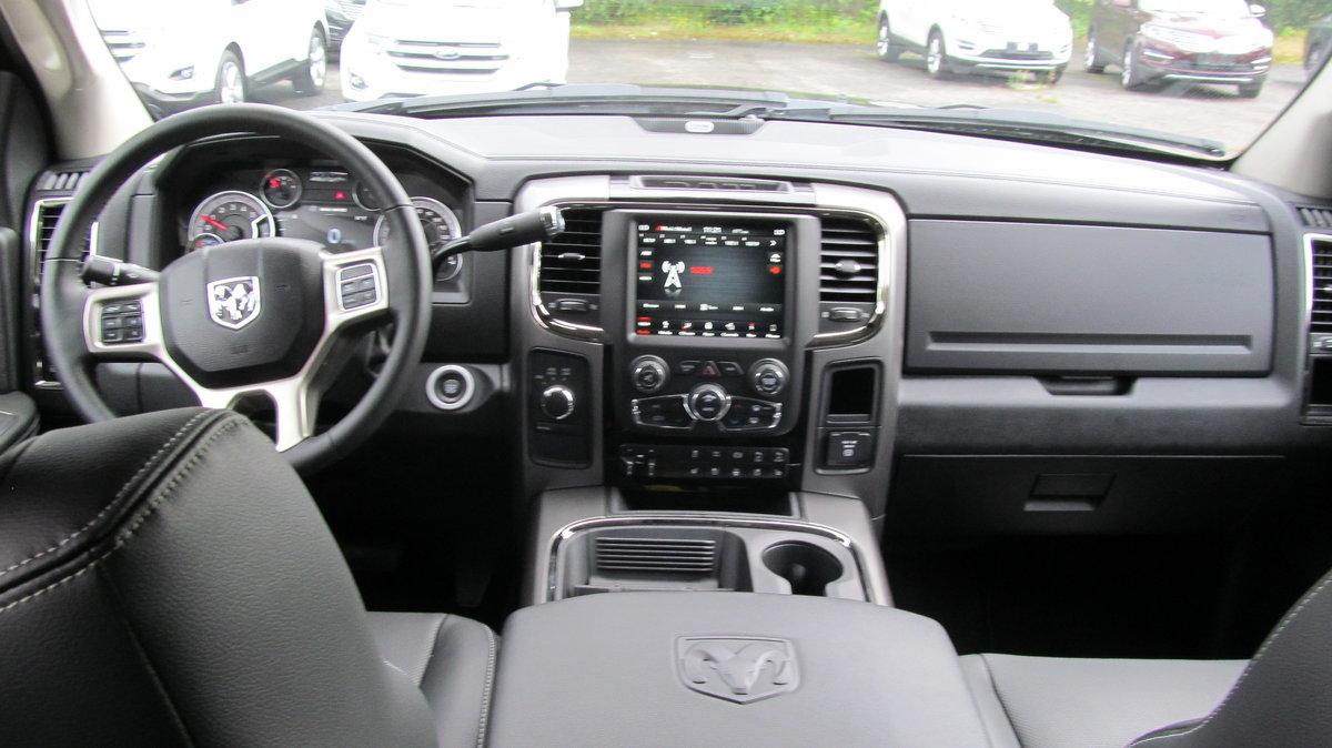 2018 Dodge RAM 2500 6.7L Diesel Laramie Crew Cab 4x4 For Sale (picture 2 of 6)