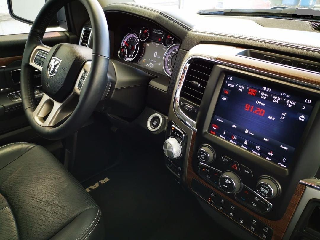 2018 Dodge Ram 1500 Laramie - Hemi V8 -Only 8,700 miles For Sale (picture 5 of 6)