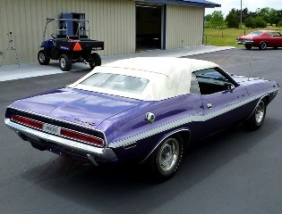 1970 Dodge Challenger R/T Convertible 426 Hemi Plum $149.5k For Sale (picture 3 of 6)