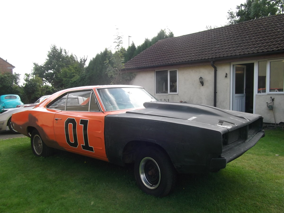 1969-Dodge-Charger-Rolling-Shell-Restoration project SOLD (picture 3 of 6)