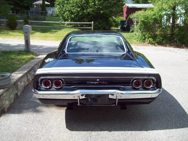 1968 Dodge Charger R/T Clone Full Restored 440 Manual $75k For Sale (picture 3 of 6)