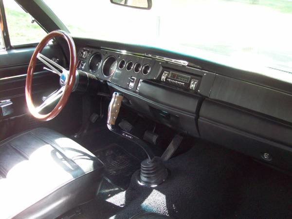 1968 Dodge Charger R/T Clone Full Restored 440 Manual $75k For Sale (picture 4 of 6)