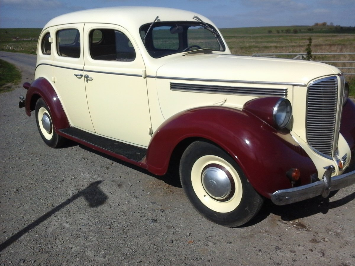 1938 dodge d8 sedan uk registered .ready to drive For Sale (picture 2 of 6)
