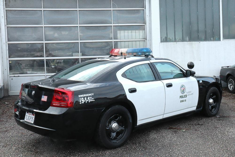 2007 Dodge Charger LAPD Police Pursuit Vehicle For Sale (picture 2 of 6)