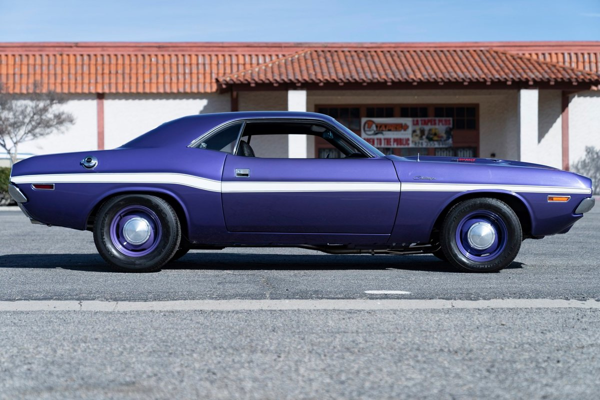 1970 Dodge Challenger R/T Numbers matching 440 Sixpack Plum  For Sale (picture 3 of 6)