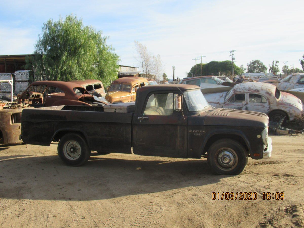 1969 DODGE D100. 1965. V8. manual.   For Sale (picture 1 of 4)