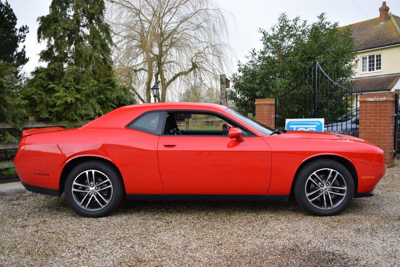 2019 Dodge Challenger SXT GT AWD 4x4 Coupe Automatic 305 For Sale (picture 3 of 6)