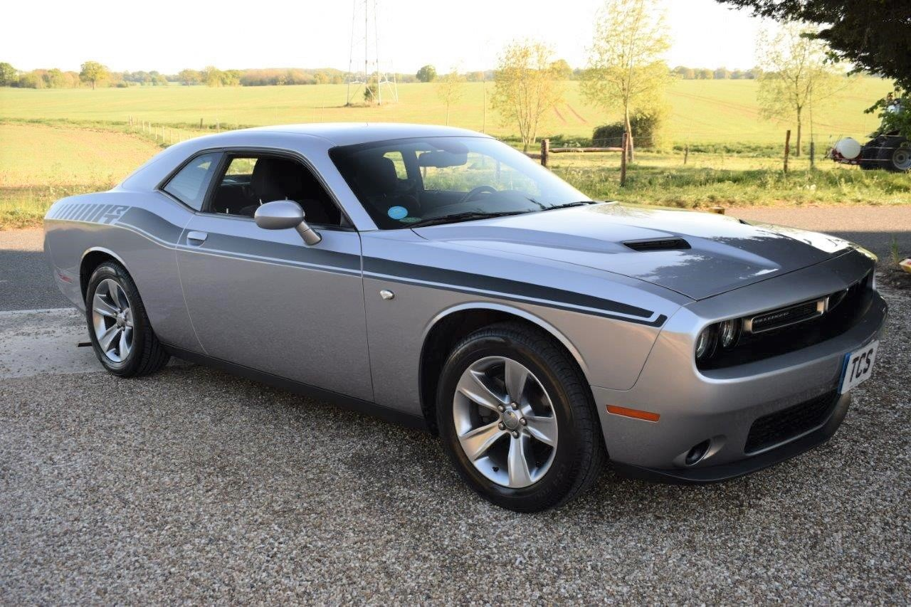2016 Dodge Challenger SXT 305 8-Speed Automatic For Sale (picture 1 of 6)