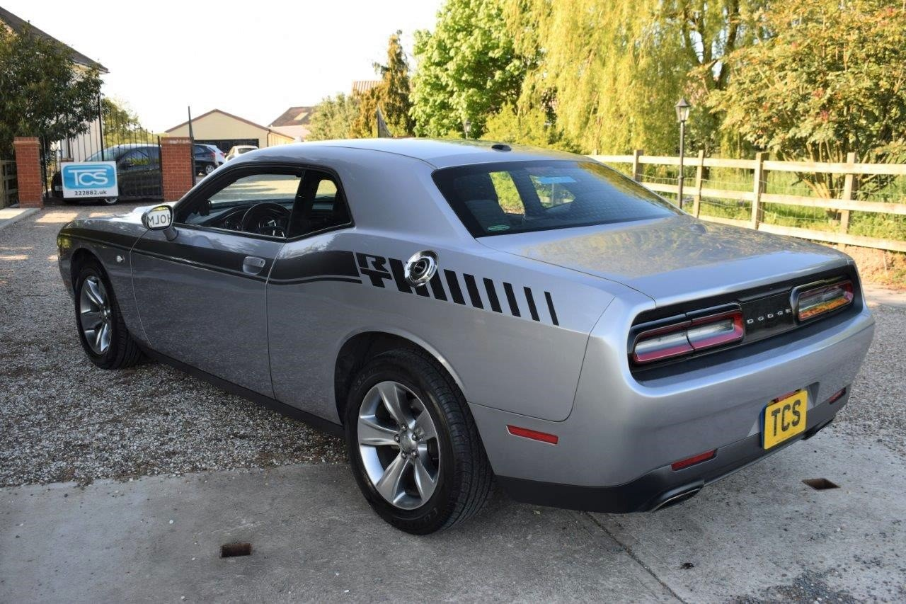 2016 Dodge Challenger SXT 305 8-Speed Automatic For Sale (picture 2 of 6)