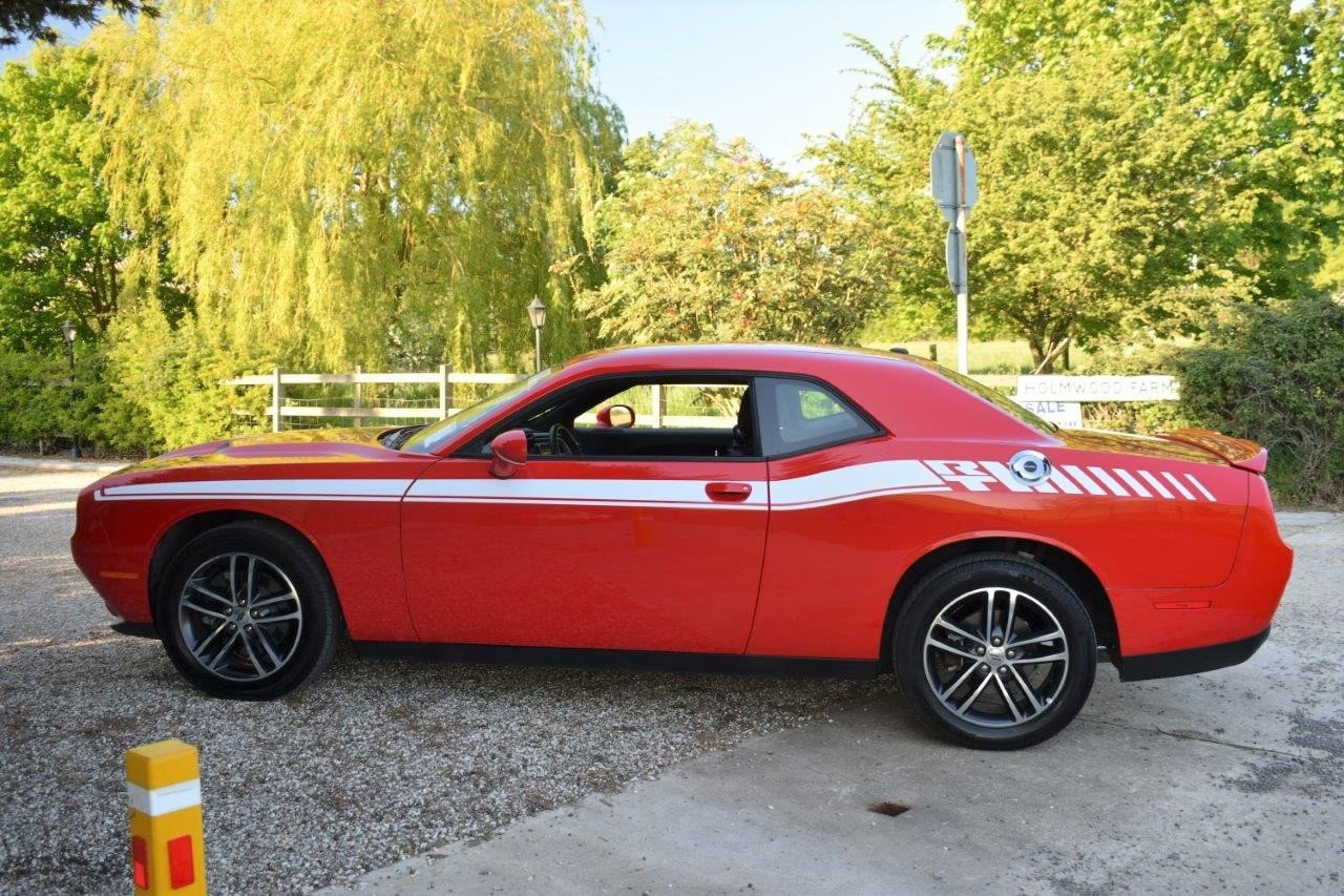 2019 Dodge Challenger SXT GT AWD 4x4 Coupe Automatic 305 For Sale (picture 4 of 6)