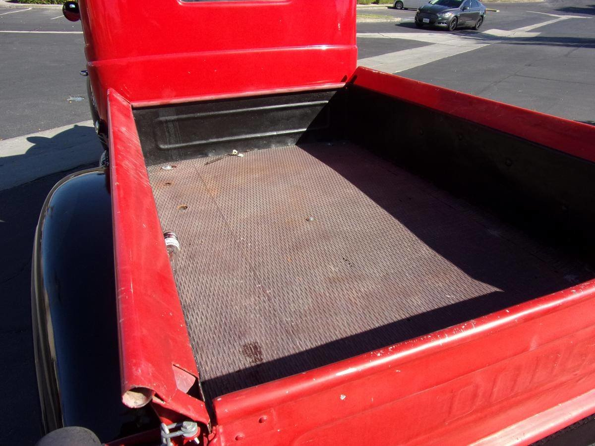 1946 Dodge WC 1/2 Ton Pickup For Sale (picture 4 of 6)