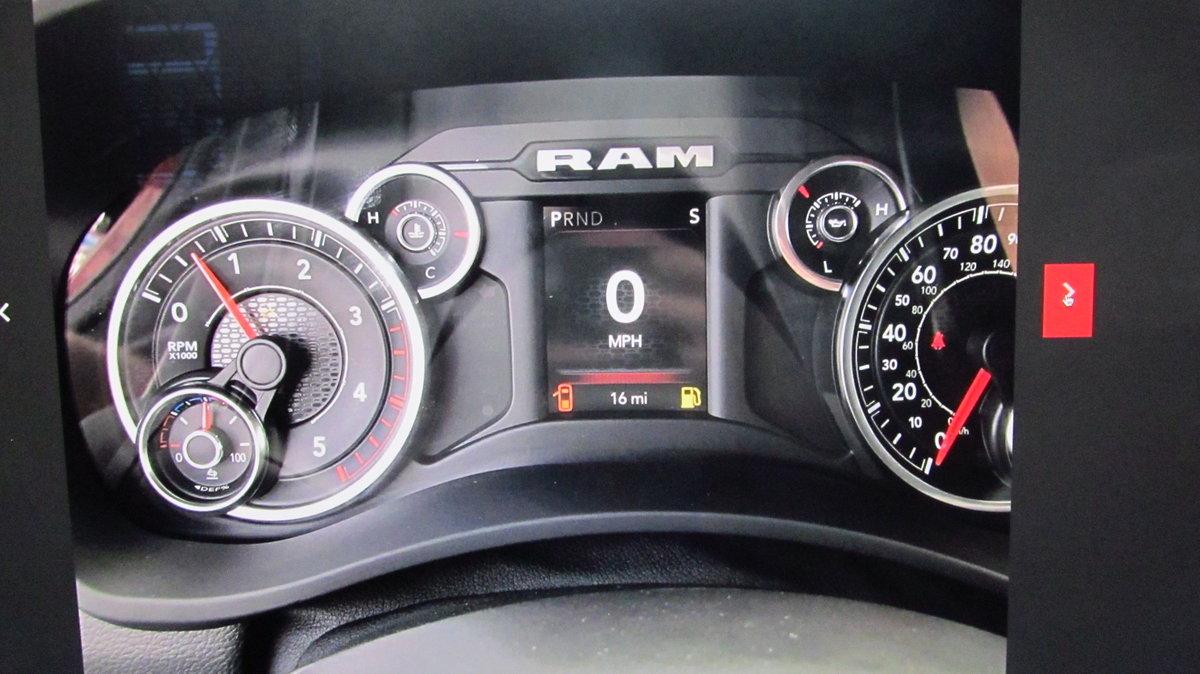2019 Dodge RAM 2500 6.7L Cummins Diesel crew cab 4x4 For Sale (picture 5 of 6)