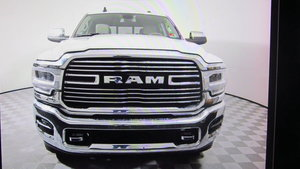 Dodge RAM 2500 HD 6.4L V8 Laramie Crew Cab 4x4