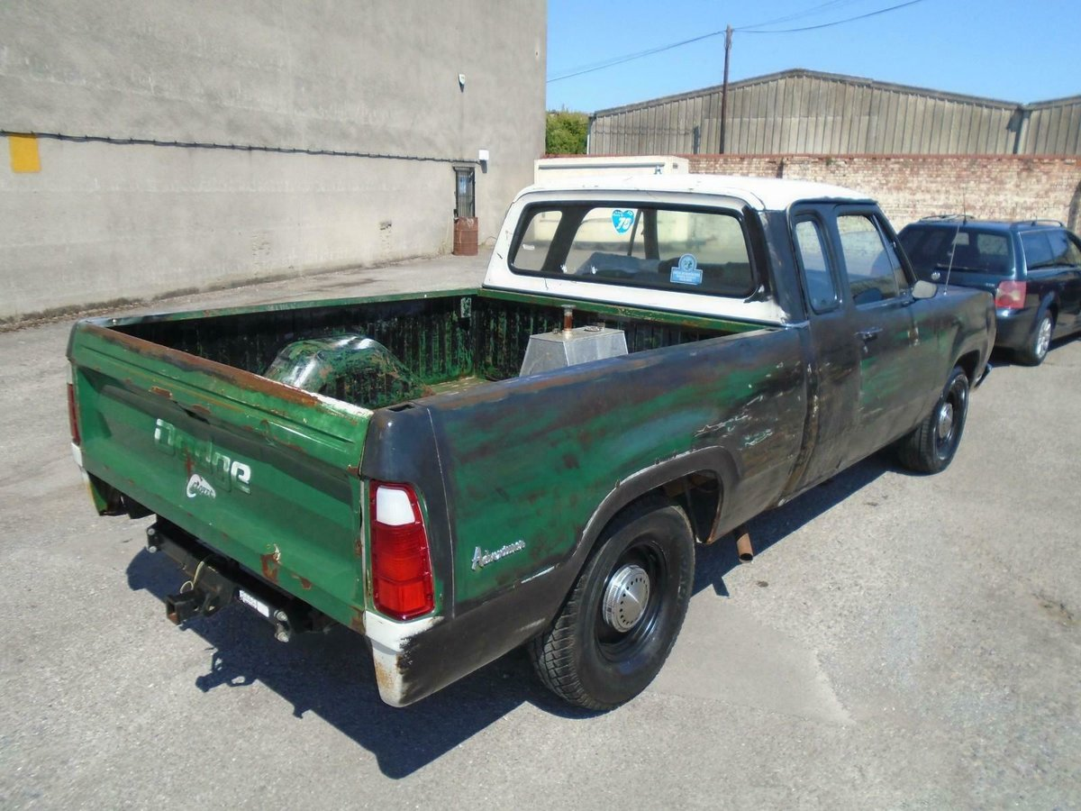 1973 DODGE D100 5.2 V8 AUTO CLUB CAB LHD RAT LOOK PICK UP  SOLD (picture 2 of 6)
