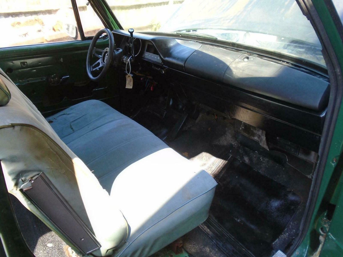 1973 DODGE D100 5.2 V8 AUTO CLUB CAB LHD RAT LOOK PICK UP  SOLD (picture 4 of 6)