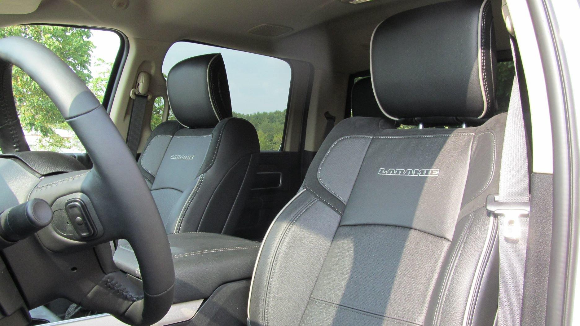 2019 Dodge RAM 2500 HD 6.4L V8 Laramie Crew Cab 4x4 For Sale (picture 3 of 6)