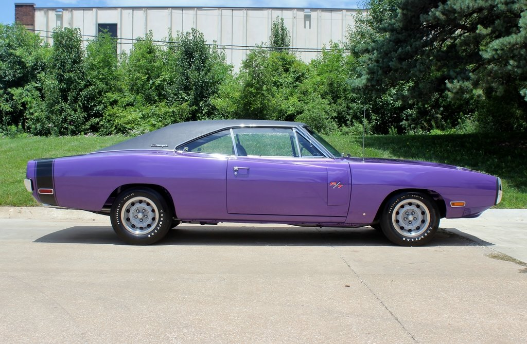 1970 Dodge Charger R/T Purple Rotisserie Restored #s match For Sale (picture 2 of 6)