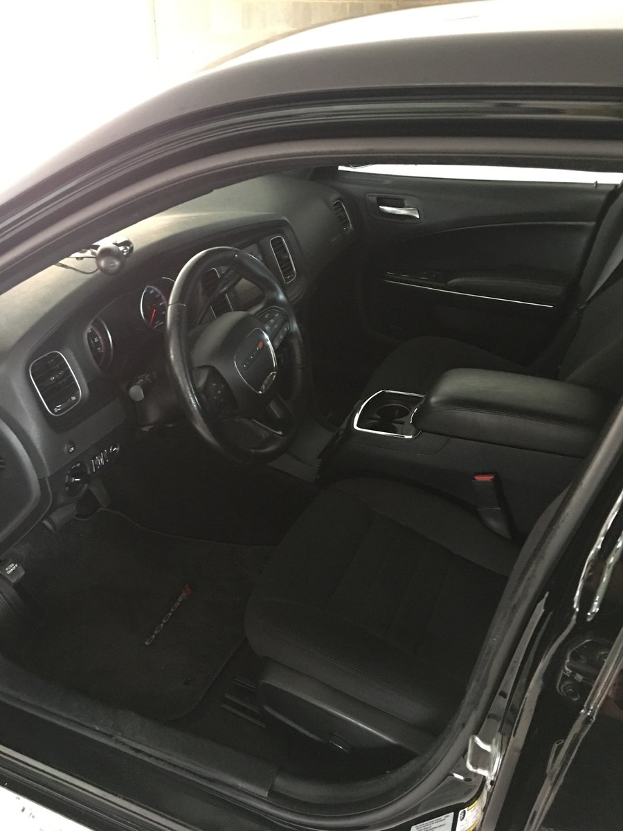 2015 Dodge Charger 5.7 v8 Hemi AWD For Sale (picture 5 of 6)