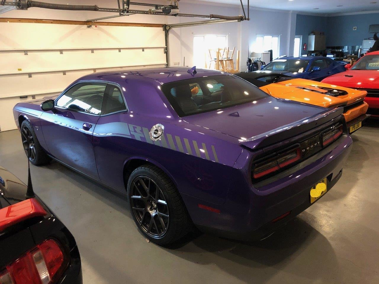 2016 Challenger R/T HEMI V8 in Plumb Crazy Purple For Sale (picture 2 of 6)