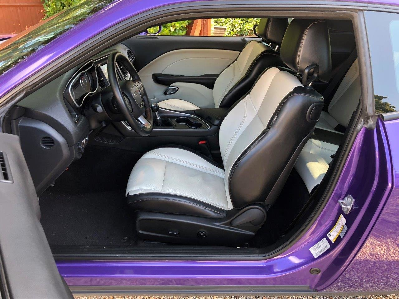 2016 Challenger R/T HEMI V8 in Plumb Crazy Purple For Sale (picture 6 of 6)