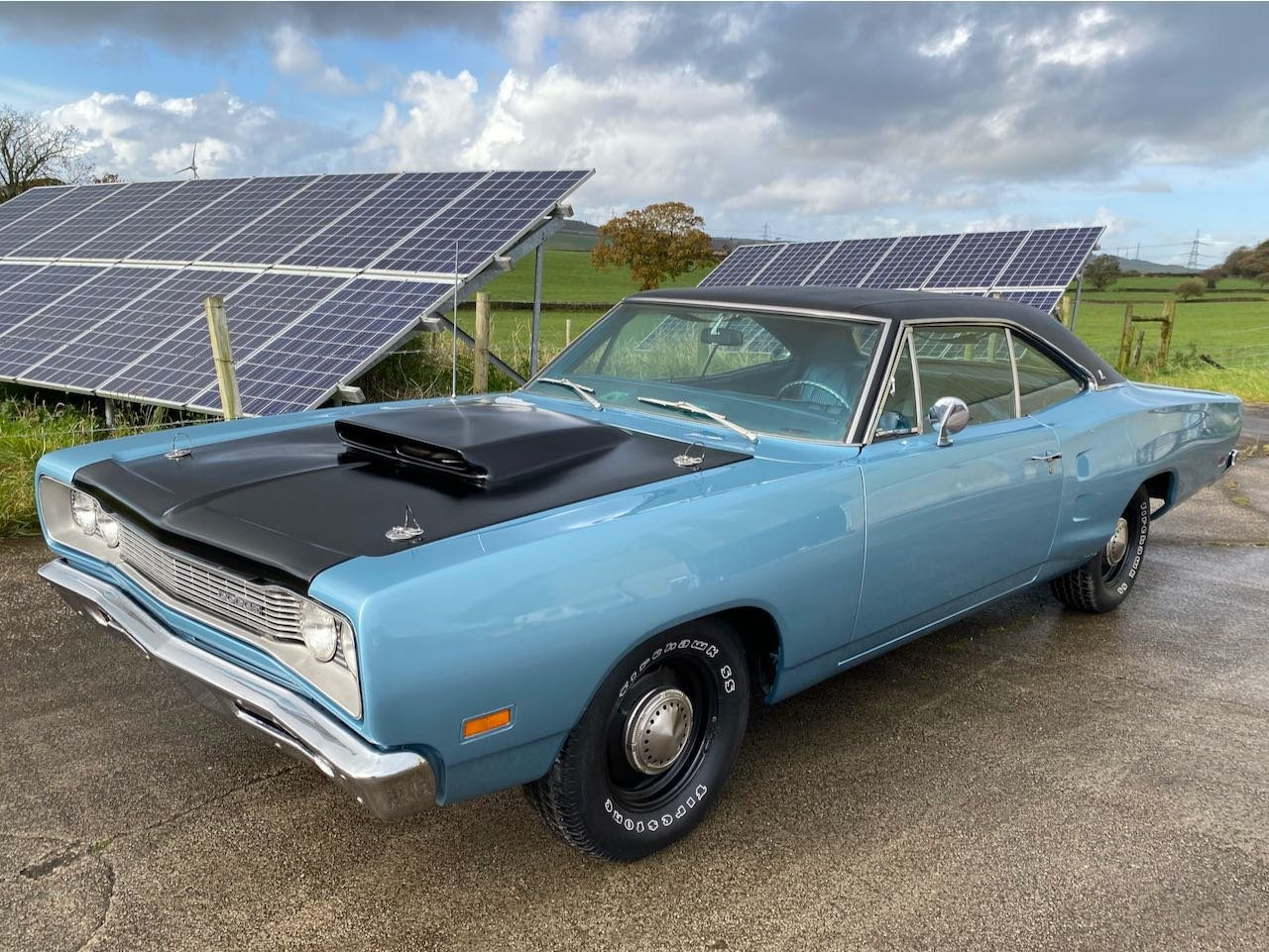 1969 Dodge Coronet 440 with 6-pack carburettors For Sale (picture 1 of 6)