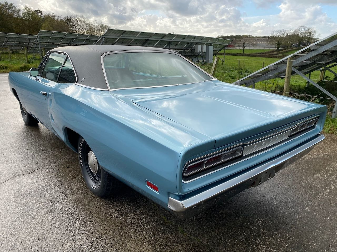 1969 Dodge Coronet 440 with 6-pack carburettors For Sale (picture 2 of 6)