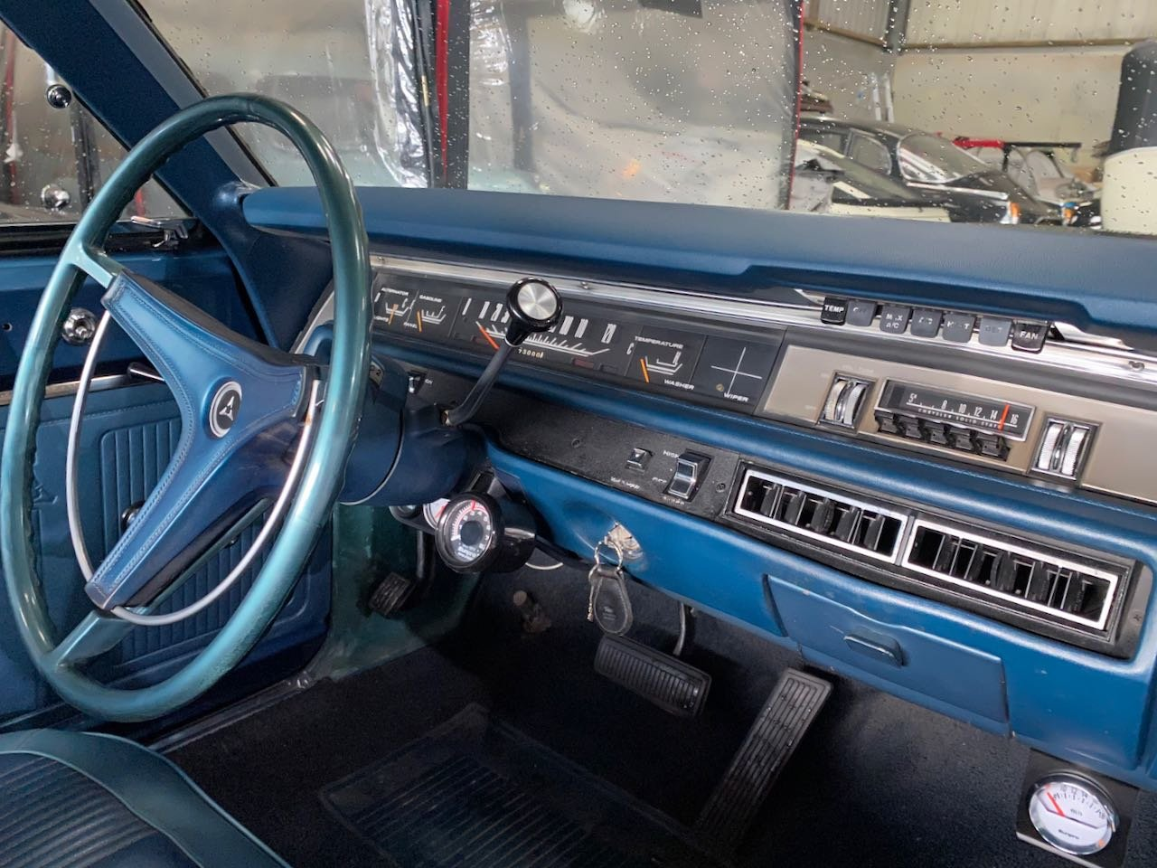1969 Dodge Coronet 440 with 6-pack carburettors For Sale (picture 5 of 6)