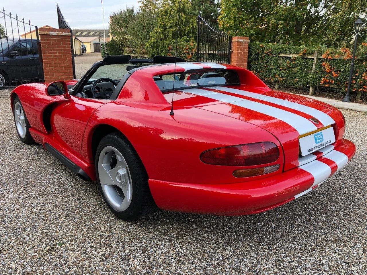1992 Dodge Viper RT/10 8.0L V10 400bhp 6-Speed Manual For Sale (picture 2 of 6)