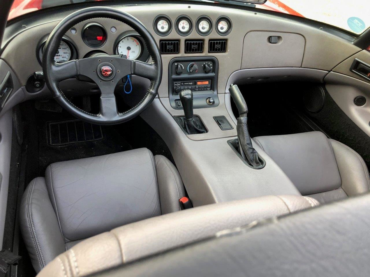 1992 Dodge Viper RT/10 8.0L V10 400bhp 6-Speed Manual For Sale (picture 6 of 6)