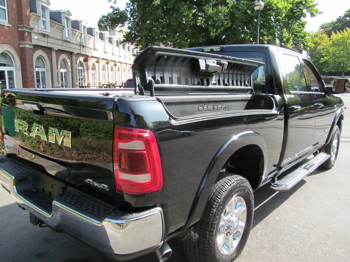 2020 Dodge Ram 2500 Laramie 6.7L Diesel 4x4 For Sale (picture 11 of 12)