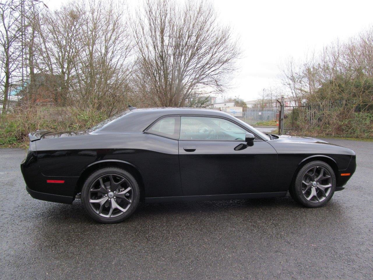 2020 Dodge Challenger SXT Plus RWD 8-Speed Automatic LHD For Sale (picture 5 of 12)