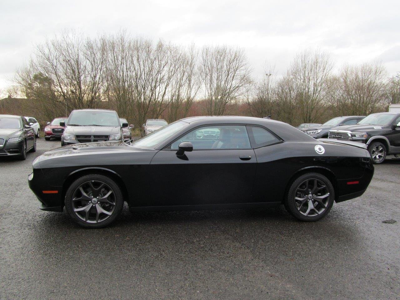 2020 Dodge Challenger SXT Plus RWD 8-Speed Automatic LHD For Sale (picture 6 of 12)