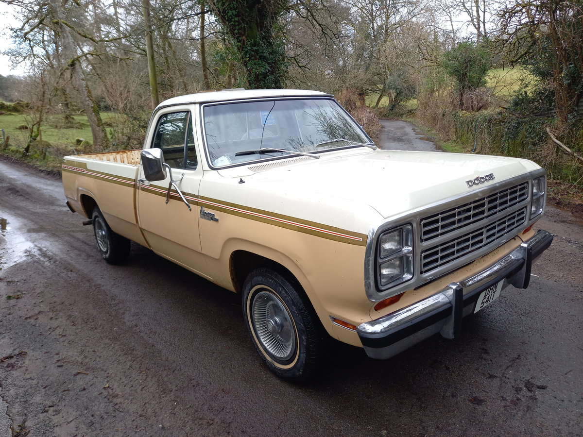 1979 Dodge 150 rare Palamino edition For Sale (picture 1 of 12)