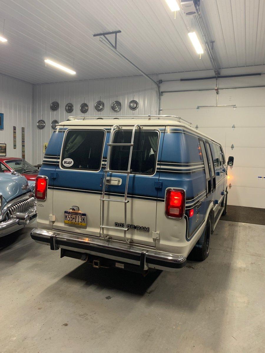 1984 Dodge Ram van B250 Prospector For Sale (picture 2 of 9)