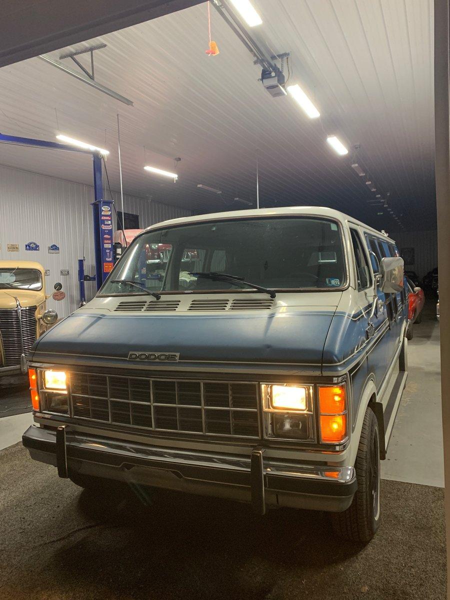 1984 Dodge Ram van B250 Prospector For Sale (picture 3 of 9)