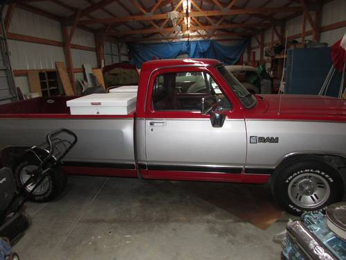 1989 Dodge Ram Pickup For Sale (picture 1 of 6)